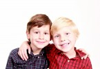 brothers-1022994_1280